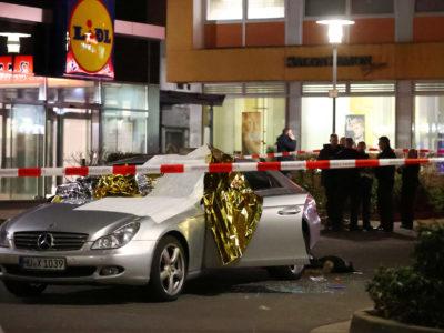 Atirador que matou 10 deixou manifesto racista