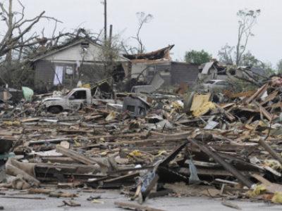 Tornados deixam 19 mortos e  rastro de destruição nos EUA