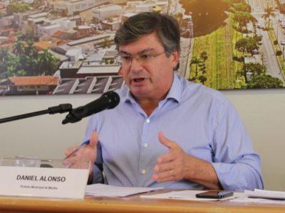 Acuado por Justiça e pressão de  entidades, Daniel Alonso mantém Marília na quarentena estadual