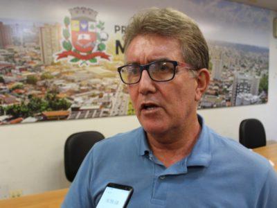 Vereadores pedem adiamento de votação do plano de carreira
