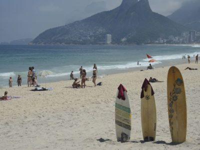 Polícia aperta fiscalização para isolar o Rio de Janeiro