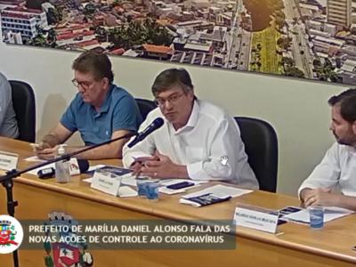 Daniel Alonso recua e retoma atividades comerciais e do transporte coletivo em Marília