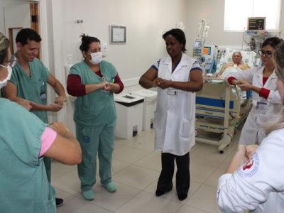 Santa Casa promove ação importante no 'Dia Mundial de Higienização das Mãos'