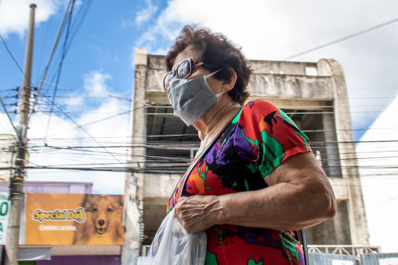 Governo de SP determina uso obrigatório de máscaras em todo o estado
