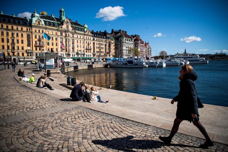 Suécia reconhece erros em não adotar lockdown