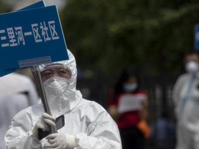 Novo foco de coronavírus em Pequim  pode ter começado há um mês