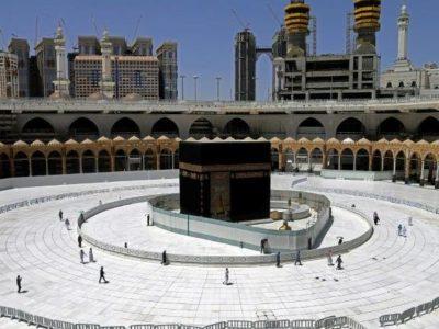 Arábia Saudita veta peregrinos do exterior e limita visitas a Meca