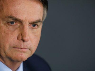 Jair Bolsonaro testa positivo para o novo coronavírus
