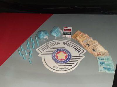 PM prende homem com drogas e dinheiro na zona Norte