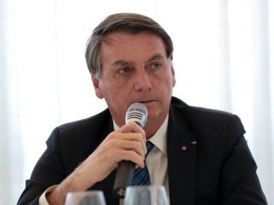 Aprovação a Bolsonaro cresce pela quarta vez seguida, para 30%, indica pesquisa