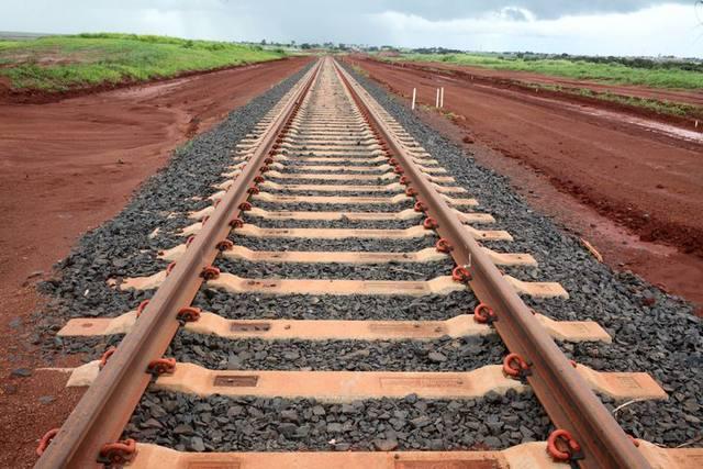 'Construção da ferrovia integração Centro-Oeste vai impulsionar logística no país'