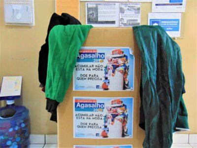 Mobilização de servidores da Penitenciária de Marília doa roupas para entidades assistenciais