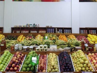 Minimercados, hortifrutis e atacados seguem contratando