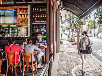 Capital paulista poderá abrir restaurantes até 22h a partir desta quinta