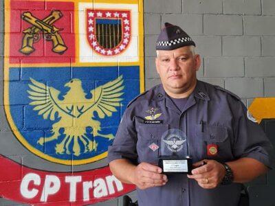 Sargento da PM Alan Ferreira reassume posto de fiscalização de trânsito em Marília