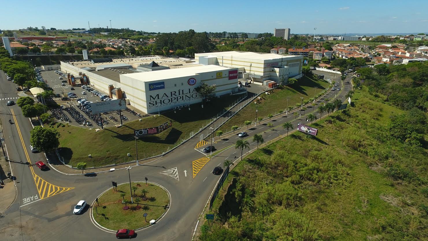 Campanha solidária de arrecadação de brinquedos e livros segue até 29 de outubro no Marília Shopping