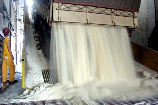 Exportações do agronegócio crescem 4% impulsionadas pelos embarques de açúcar