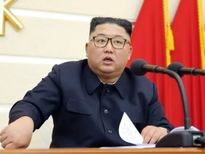 Kim Jong-un chora ao pedir perdão por fracasso