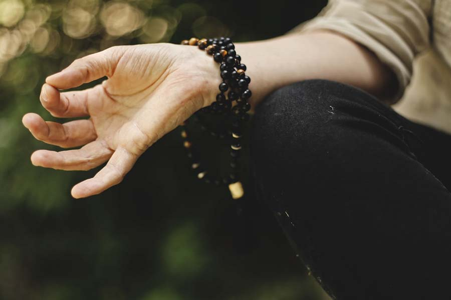 5 dicas para começar a meditar em casa