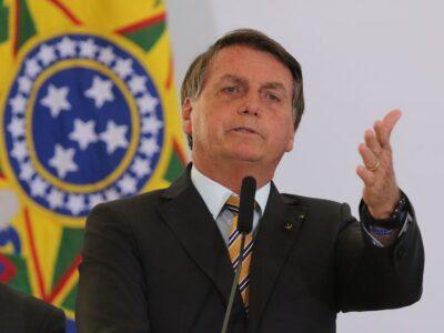 Bolsonaro defende reforma da OMS e da OMC na cúpula do Brics