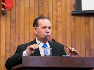 Ministério Público investiga nepotismo  em nomeação do filho de Albuquerque