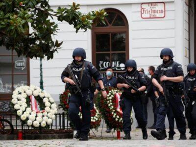 Governo austríaco liga atentado em Viena ao Estado Islâmico