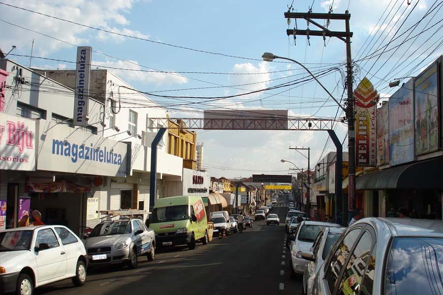 Campanha pretende liberar mais vagas para consumidores no centro de Pompéia