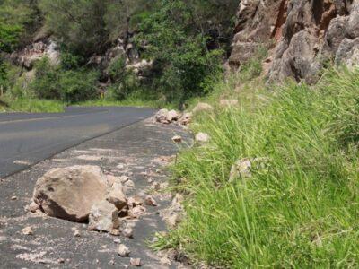 Serviço de recape na Serra de Avencas é  suspenso por risco de desmoronamento
