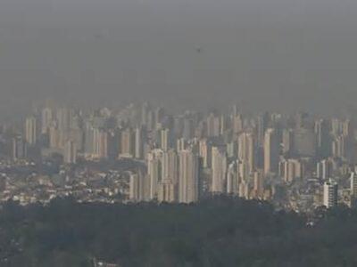 8 milhões de pessoas morrem ao ano por poluição de combustíveis fósseis