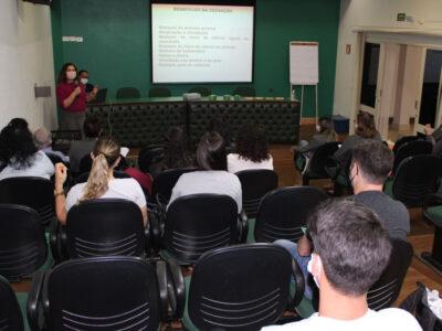 Representantes do Ambulatório de Tabagismo da Santa Casa de Marília promovem capacitação para Unimed