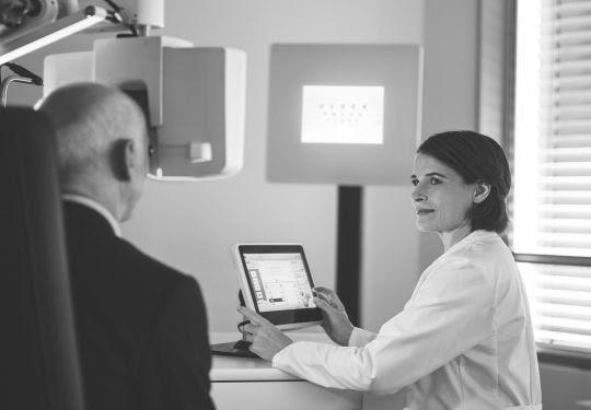 Novas tecnologias revertem catarata de forma precisa, sem injeção e com rápida recuperação